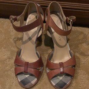Burberry 38 1/2 summer sandal with heel